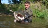 Pro mnohé rybare z Cech by to byl zivotni ulovek. Tady na Moselle je to běžná velikost