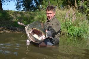 Pro mnohé rybáře z Čech by to byl životní úlovek. Tady na Moselle je to běžná velikost